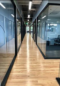 18th floor hallway_(1)