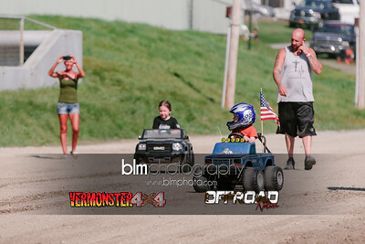 7M4A4507.CR2 Photo by Brie Morrissey ©Rapid Velocity Photo & BLM Photography   Support your photographers and purchase a photo!! Starting at only $5!   More photos & custom merchandise are available for purchase without watermark or view more photos from this event at www.blmphoto.com or contact info@blmphoto.com.  Do Not Download or reproduce photos without written permission.