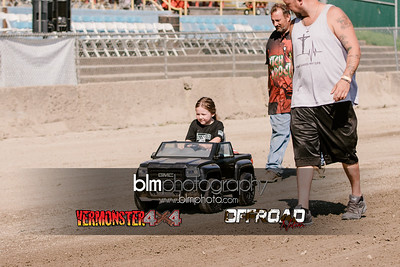 7M4A4527.CR2 Photo by Brie Morrissey ©Rapid Velocity Photo & BLM Photography   Support your photographers and purchase a photo!! Starting at only $5!   More photos & custom merchandise are available for purchase without watermark or view more photos from this event at www.blmphoto.com or contact info@blmphoto.com.  Do Not Download or reproduce photos without written permission.