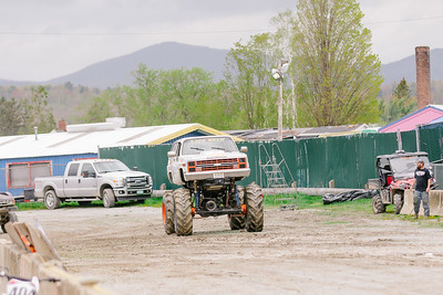 Vermonster-4x4_Spring-Mud-Fling__20170506_5675.CR2 Photo by Brie Morrissey ©Rapid Velocity Photo & BLM Photography   Support your photographers and purchase a photo!! Starting at only $5!   More photos & custom merchandise are available for purchase without watermark or view more photos from this event at www.blmphoto.com or contact info@blmphoto.com.  Do Not Download or reproduce photos without written permission.