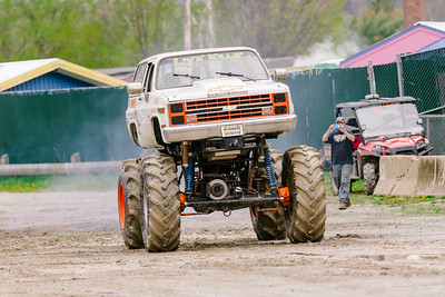 Vermonster-4x4_Spring-Mud-Fling__20170506_5700.CR2 Photo by Brie Morrissey ©Rapid Velocity Photo & BLM Photography   Support your photographers and purchase a photo!! Starting at only $5!   More photos & custom merchandise are available for purchase without watermark or view more photos from this event at www.blmphoto.com or contact info@blmphoto.com.  Do Not Download or reproduce photos without written permission.