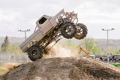 Vermonster-4x4_Spring-Mud-Fling__20170506_7022.CR2 Photo by Brie Morrissey ©Rapid Velocity Photo & BLM Photography   Support your photographers and purchase a photo!! Starting at only $5!   More photos & custom merchandise are available for purchase without watermark or view more photos from this event at www.blmphoto.com or contact info@blmphoto.com.  Do Not Download or reproduce photos without written permission.