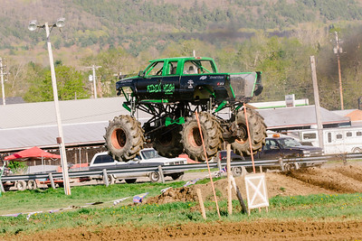 Vermonster-4x4_Spring-Mud-Fling__20170506_6988.CR2 Photo by Brie Morrissey ©Rapid Velocity Photo & BLM Photography   Support your photographers and purchase a photo!! Starting at only $5!   More photos & custom merchandise are available for purchase without watermark or view more photos from this event at www.blmphoto.com or contact info@blmphoto.com.  Do Not Download or reproduce photos without written permission.