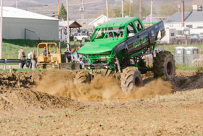 Vermonster-4x4_Spring-Mud-Fling__20170506_6993.CR2 Photo by Brie Morrissey ©Rapid Velocity Photo & BLM Photography   Support your photographers and purchase a photo!! Starting at only $5!   More photos & custom merchandise are available for purchase without watermark or view more photos from this event at www.blmphoto.com or contact info@blmphoto.com.  Do Not Download or reproduce photos without written permission.