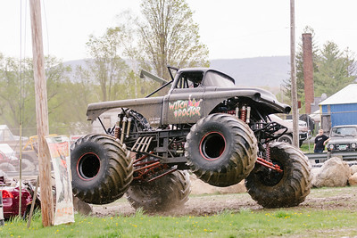 Vermonster-4x4_Spring-Mud-Fling__20170506_5466.CR2 Photo by Brie Morrissey ©Rapid Velocity Photo & BLM Photography   Support your photographers and purchase a photo!! Starting at only $5!   More photos & custom merchandise are available for purchase without watermark or view more photos from this event at www.blmphoto.com or contact info@blmphoto.com.  Do Not Download or reproduce photos without written permission.