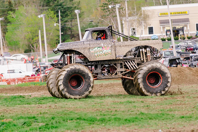 Vermonster-4x4_Spring-Mud-Fling__20170506_6796.CR2 Photo by Brie Morrissey ©Rapid Velocity Photo & BLM Photography   Support your photographers and purchase a photo!! Starting at only $5!   More photos & custom merchandise are available for purchase without watermark or view more photos from this event at www.blmphoto.com or contact info@blmphoto.com.  Do Not Download or reproduce photos without written permission.