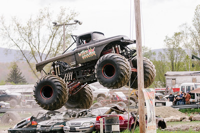Vermonster-4x4_Spring-Mud-Fling__20170506_5464.CR2 Photo by Brie Morrissey ©Rapid Velocity Photo & BLM Photography   Support your photographers and purchase a photo!! Starting at only $5!   More photos & custom merchandise are available for purchase without watermark or view more photos from this event at www.blmphoto.com or contact info@blmphoto.com.  Do Not Download or reproduce photos without written permission.