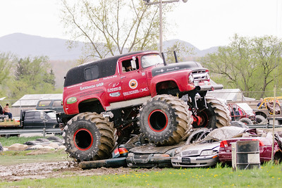 Vermonster-4x4_Spring-Mud-Fling__20170506_5476.CR2 Photo by Brie Morrissey ©Rapid Velocity Photo & BLM Photography   Support your photographers and purchase a photo!! Starting at only $5!   More photos & custom merchandise are available for purchase without watermark or view more photos from this event at www.blmphoto.com or contact info@blmphoto.com.  Do Not Download or reproduce photos without written permission.