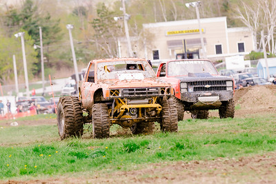 Vermonster-4x4_Spring-Mud-Fling__20170506_5914.CR2 Photo by Brie Morrissey ©Rapid Velocity Photo & BLM Photography   Support your photographers and purchase a photo!! Starting at only $5!   More photos & custom merchandise are available for purchase without watermark or view more photos from this event at www.blmphoto.com or contact info@blmphoto.com.  Do Not Download or reproduce photos without written permission.