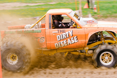 Vermonster-4x4_Spring-Mud-Fling__20170506_5619.CR2 Photo by Brie Morrissey ©Rapid Velocity Photo & BLM Photography   Support your photographers and purchase a photo!! Starting at only $5!   More photos & custom merchandise are available for purchase without watermark or view more photos from this event at www.blmphoto.com or contact info@blmphoto.com.  Do Not Download or reproduce photos without written permission.