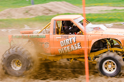 Vermonster-4x4_Spring-Mud-Fling__20170506_5618.CR2 Photo by Brie Morrissey ©Rapid Velocity Photo & BLM Photography   Support your photographers and purchase a photo!! Starting at only $5!   More photos & custom merchandise are available for purchase without watermark or view more photos from this event at www.blmphoto.com or contact info@blmphoto.com.  Do Not Download or reproduce photos without written permission.