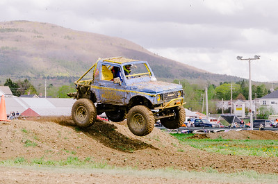 Vermonster-4x4_Spring-Mud-Fling__20170506_2014.NEF Photo by Ashley Croteau ©Rapid Velocity Photo & BLM Photography   Support your photographers and purchase a photo!! Starting at only $5!   More photos & custom merchandise are available for purchase without watermark or view more photos from this event at www.blmphoto.com or contact info@blmphoto.com.  Do Not Download or reproduce photos without written permission.