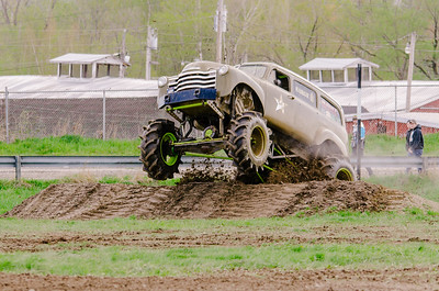 Vermonster-4x4_Spring-Mud-Fling__20170506_1964.NEF Photo by Ashley Croteau ©Rapid Velocity Photo & BLM Photography   Support your photographers and purchase a photo!! Starting at only $5!   More photos & custom merchandise are available for purchase without watermark or view more photos from this event at www.blmphoto.com or contact info@blmphoto.com.  Do Not Download or reproduce photos without written permission.