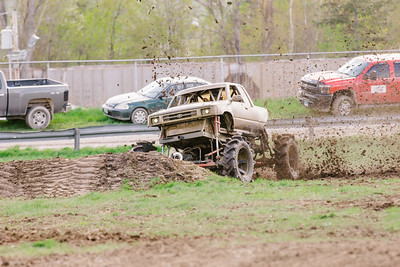 Vermonster-4x4_Spring-Mud-Fling__20170506_6359.CR2 Photo by Brie Morrissey ©Rapid Velocity Photo & BLM Photography   Support your photographers and purchase a photo!! Starting at only $5!   More photos & custom merchandise are available for purchase without watermark or view more photos from this event at www.blmphoto.com or contact info@blmphoto.com.  Do Not Download or reproduce photos without written permission.