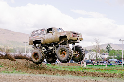 Vermonster-4x4_Spring-Mud-Fling__20170506_2006.NEF Photo by Ashley Croteau ©Rapid Velocity Photo & BLM Photography   Support your photographers and purchase a photo!! Starting at only $5!   More photos & custom merchandise are available for purchase without watermark or view more photos from this event at www.blmphoto.com or contact info@blmphoto.com.  Do Not Download or reproduce photos without written permission.