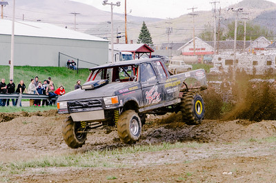 Vermonster-4x4_Spring-Mud-Fling__20170506_2018.NEF Photo by Ashley Croteau ©Rapid Velocity Photo & BLM Photography   Support your photographers and purchase a photo!! Starting at only $5!   More photos & custom merchandise are available for purchase without watermark or view more photos from this event at www.blmphoto.com or contact info@blmphoto.com.  Do Not Download or reproduce photos without written permission.