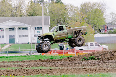 Vermonster-4x4_Spring-Mud-Fling__20170506_2001.NEF Photo by Ashley Croteau ©Rapid Velocity Photo & BLM Photography   Support your photographers and purchase a photo!! Starting at only $5!   More photos & custom merchandise are available for purchase without watermark or view more photos from this event at www.blmphoto.com or contact info@blmphoto.com.  Do Not Download or reproduce photos without written permission.