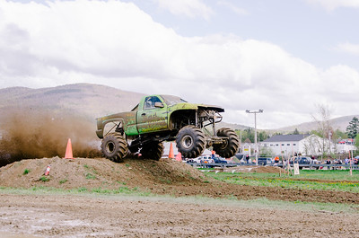 Vermonster-4x4_Spring-Mud-Fling__20170506_2002.NEF Photo by Ashley Croteau ©Rapid Velocity Photo & BLM Photography   Support your photographers and purchase a photo!! Starting at only $5!   More photos & custom merchandise are available for purchase without watermark or view more photos from this event at www.blmphoto.com or contact info@blmphoto.com.  Do Not Download or reproduce photos without written permission.