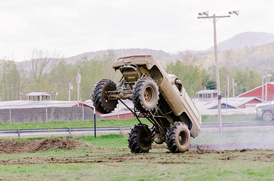 Vermonster-4x4_Spring-Mud-Fling__20170506_2007.NEF Photo by Ashley Croteau ©Rapid Velocity Photo & BLM Photography   Support your photographers and purchase a photo!! Starting at only $5!   More photos & custom merchandise are available for purchase without watermark or view more photos from this event at www.blmphoto.com or contact info@blmphoto.com.  Do Not Download or reproduce photos without written permission.