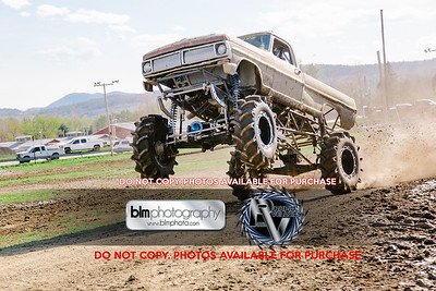 Vermonster-4x4_Spring-Mud-Fling_Saturday-2094_05-05-18  by Brie Morrissey   ©Rapid Velocity Photo & BLM Photography 2018