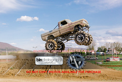 Vermonster-4x4_Spring-Mud-Fling_Saturday-2070_05-05-18  by Brie Morrissey   ©Rapid Velocity Photo & BLM Photography 2018