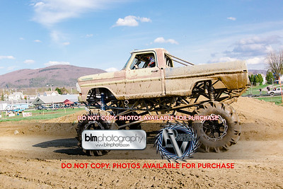 Vermonster-4x4_Spring-Mud-Fling_Saturday-2096_05-05-18  by Brie Morrissey   ©Rapid Velocity Photo & BLM Photography 2018