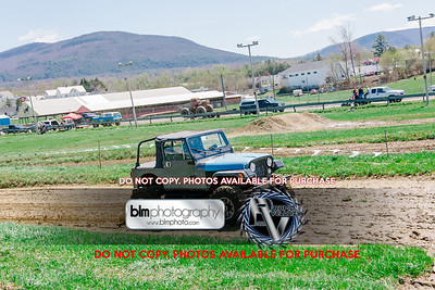 Vermonster-4x4_Spring-Mud-Fling_Saturday-1156_05-05-18  by Brie Morrissey   ©Rapid Velocity Photo & BLM Photography 2018