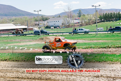 Vermonster-4x4_Spring-Mud-Fling_Saturday-1162_05-05-18  by Brie Morrissey   ©Rapid Velocity Photo & BLM Photography 2018
