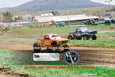Vermonster-4x4_Spring-Mud-Fling_Saturday-1189_05-05-18  by Brie Morrissey   ©Rapid Velocity Photo & BLM Photography 2018