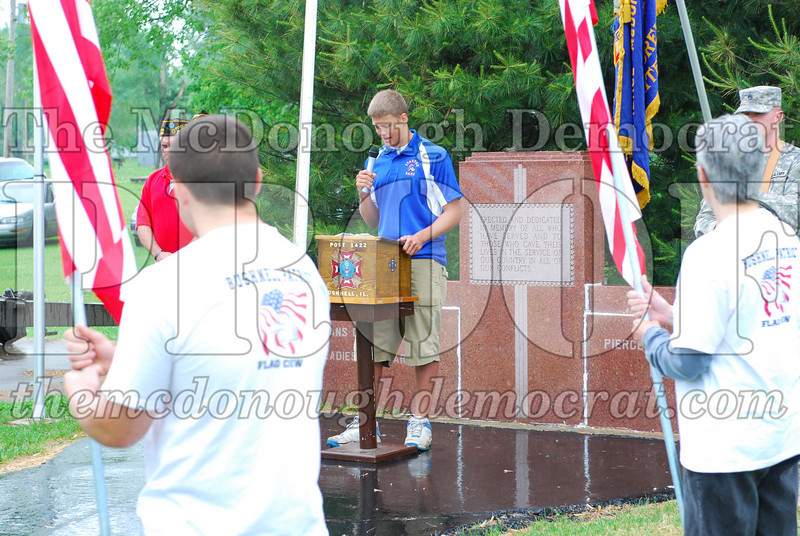 Memorial Day Services 05-25-09 018