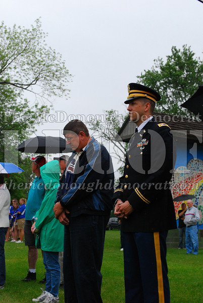 Memorial Day Services 05-25-09 011