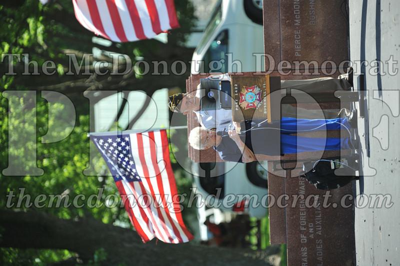 Memorial Day Services 05-30-11 053