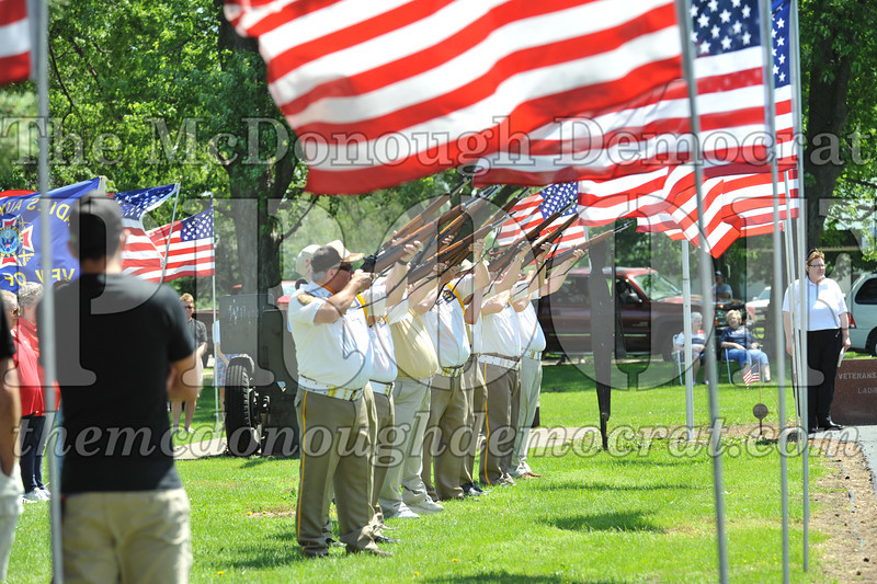 Memorial Day Services 05-30-11 079