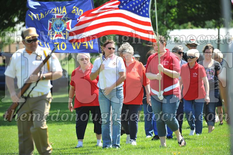Memorial Day Services 05-30-11 022