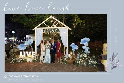 VH-wedding-instant-print-photobooth-at-Hotel-Nikko-Saigon-Chup-hinh-lay-lien-Tiec-cuoi-tai-TP-Ho-Chi-Minh-WefieBox-Photobooth-Vietnam-126