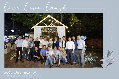 VH-wedding-instant-print-photobooth-at-Hotel-Nikko-Saigon-Chup-hinh-lay-lien-Tiec-cuoi-tai-TP-Ho-Chi-Minh-WefieBox-Photobooth-Vietnam-131