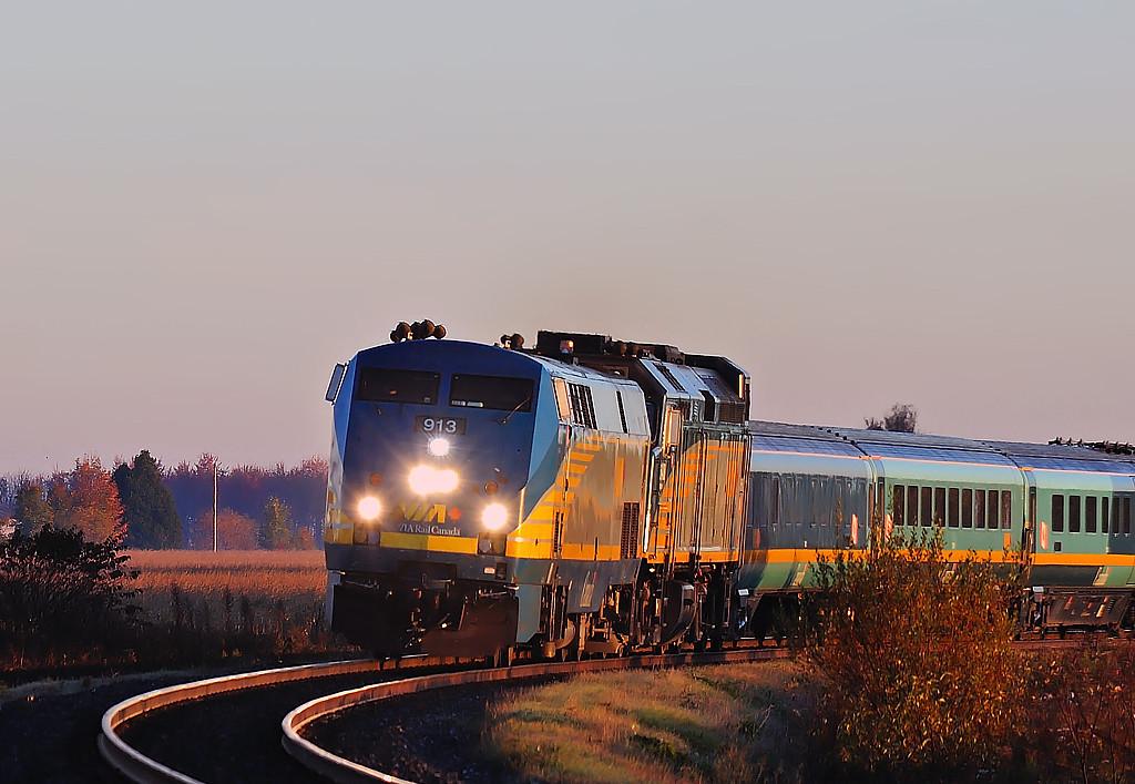 VIA Rail #33