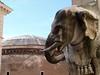 Pantheon visto desde la plaza de la Minerva