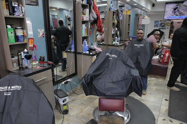 12.28 VICELAND | Desus & Mero Barbershop Capes