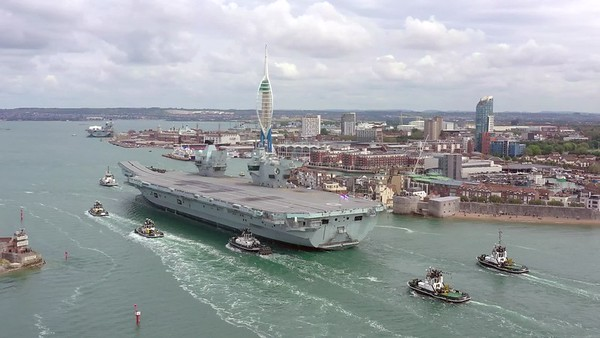 HMS QUEEN ELIZABETH 4K