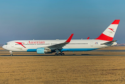 Austrian Airlines Boeing 767-3Z9(ER) OE-LAE 2-17-19