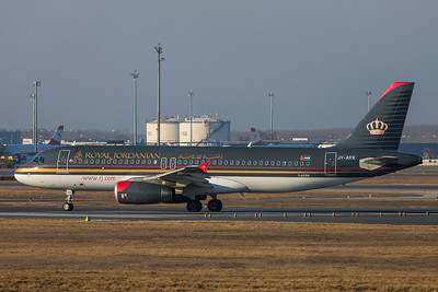 Royal Jordanian Airbus A320-232 JY-AYX 2-17-19