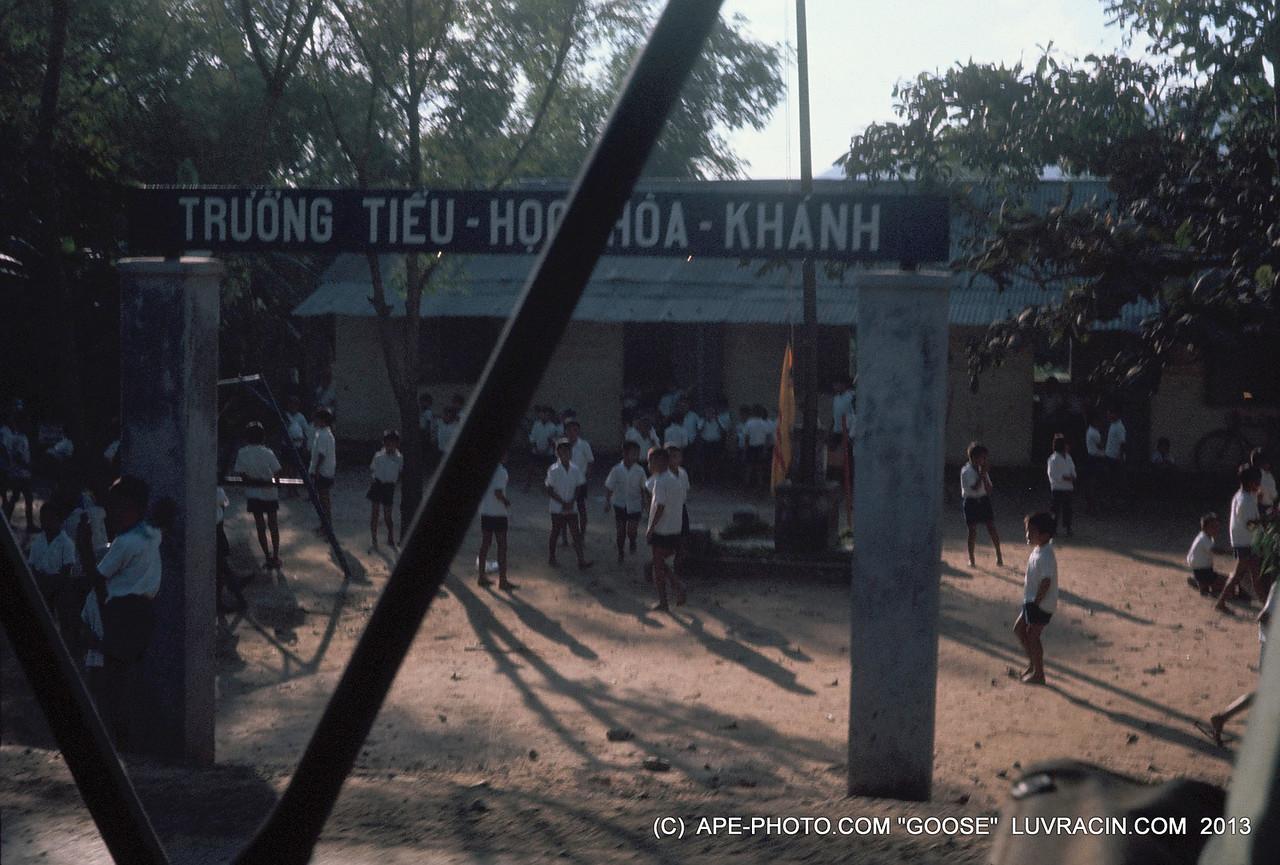 SCHOOL VIETNAM, TRUONG TIEU KAHANH