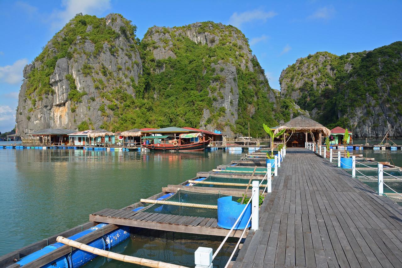 Au Co Cruise Ha Long Bay, Vietnam