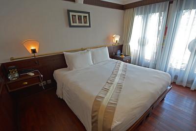 Au Co Cruise Ha Long Bay