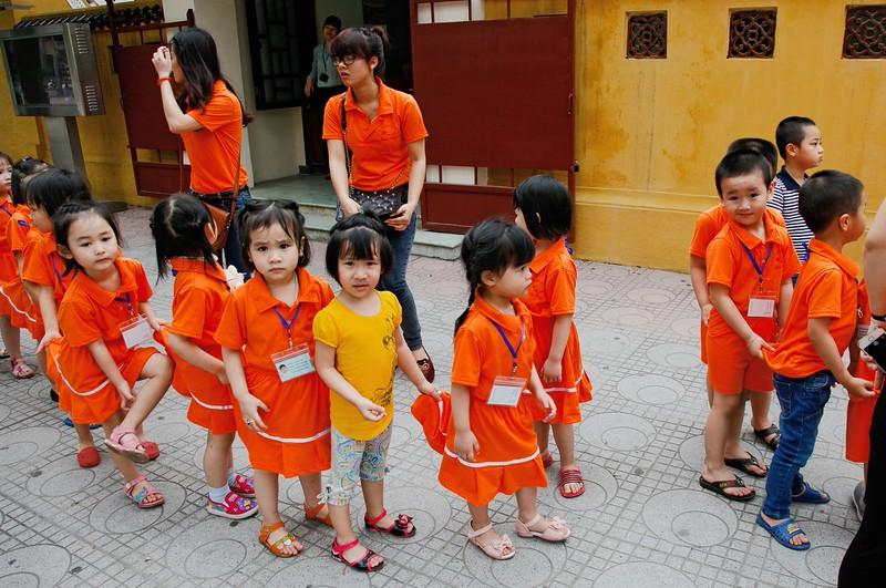 HANOI, Children visiting the Ho Chi Minh Mausoleum