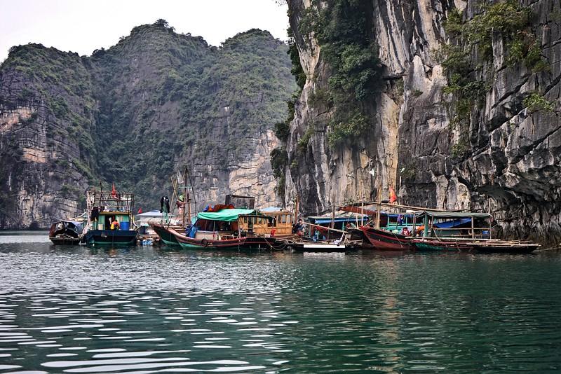 HALONG BAY - Vung Vieng Fishing Village