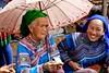 SAPA - Can Cau Saturday market - Flower H'mong people