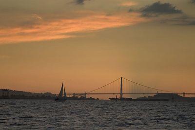 """Golden Gate Bridge Sunset"""