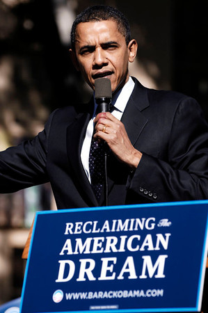 Barack Obama attends LOS ANGELES TOWN HALL MEETING at Los Angeles Trade Technical College in Los Angeles California on January 31, 2008. Barack Obama VALERIE GOODLOE